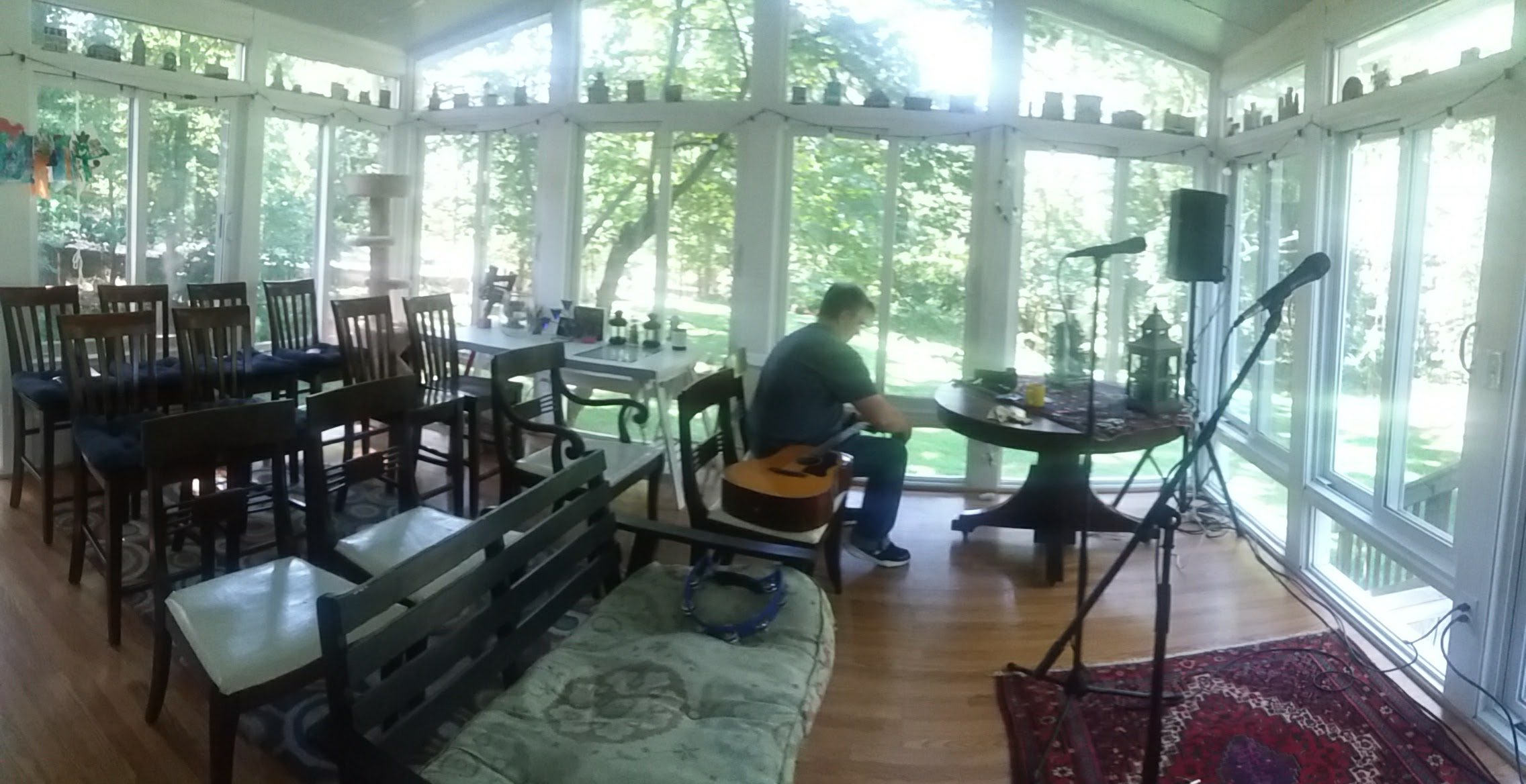 Randy prepares for a house concert at the Bauer house (VA)